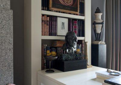 escultura bronce, mesa despacho, decoración