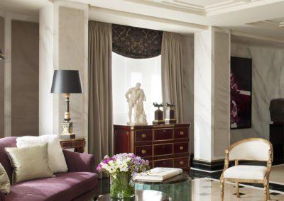 salón, comoda rusa, silla, mesas centro