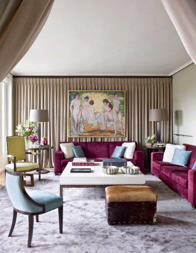 salón, cortinas, sillas diseño Ramón García Jurado
