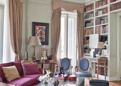 salón, decoración clásica, sillas Luis XVI
